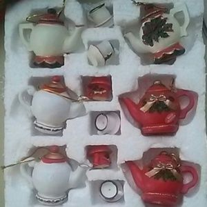 Other - Xmas 🎁TEA POT ORNAMENTS NWT